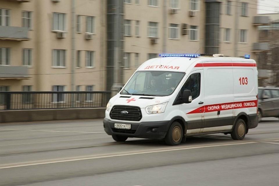 Пострадавший ребенок находится в больнице, за его состоянием наблюдают медики.