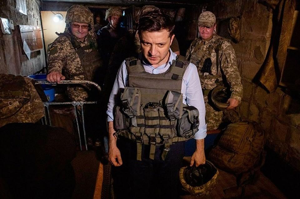 Зеленский побывал в Марьинке, где располагаются позиции 28-ой бригады ВСУ. Фото: Офис президента Украины
