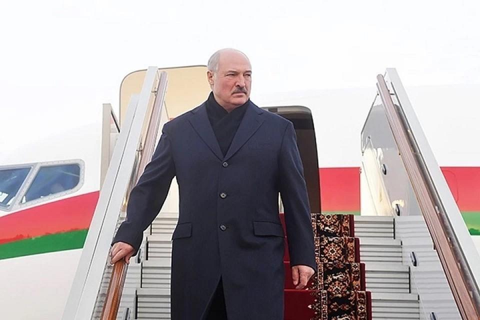 Лукашенко на этой неделе летит в Азербайджан. Фотоиллюстрация: пресс-служба президента.