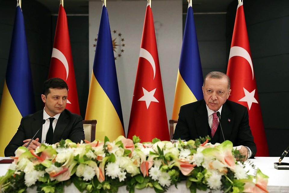 B разгар обострения на Донбассе Эрдоган ведет переговоры с Зеленским об очередных военных поставках Киеву