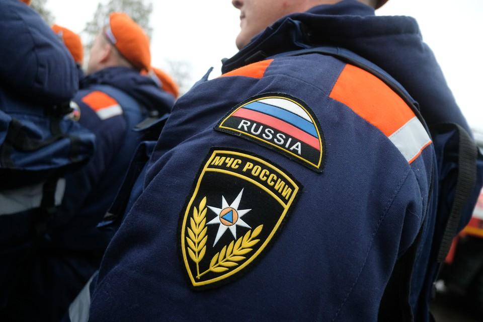Пожар произошел в офисном здании на улице Матроса Железняка.