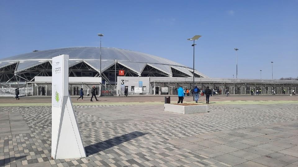 Спортивные арены в Самарской области можно заполнять лишь наполовину