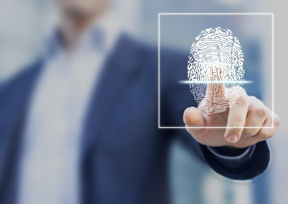 Правительство решило перезапустить программу сбора биометрии.