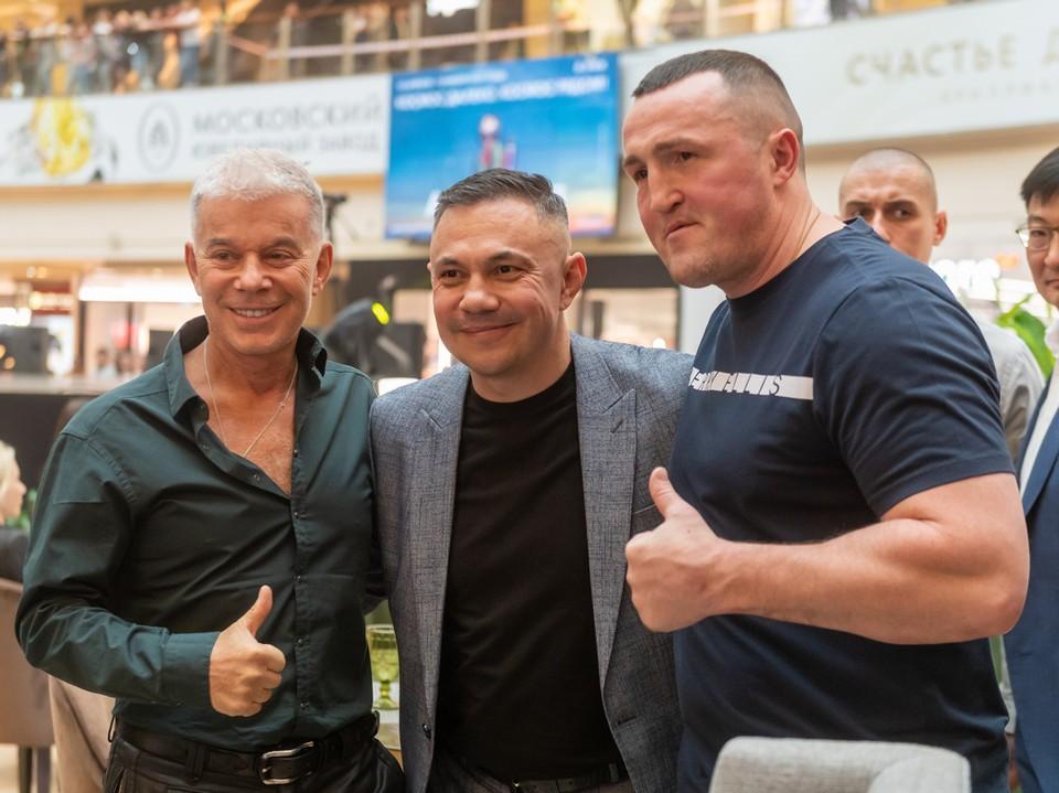 В Москве открылась школа фитнес-бокса Кости Цзю