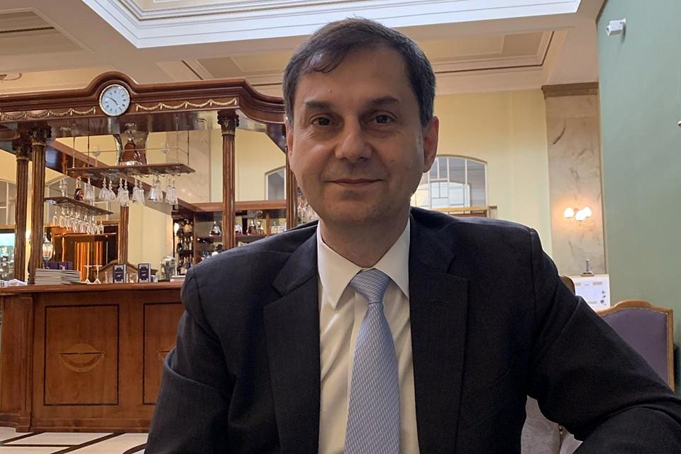 Греция открывается с 14 мая. Ждем вас! - первым делом подтвердил министр
