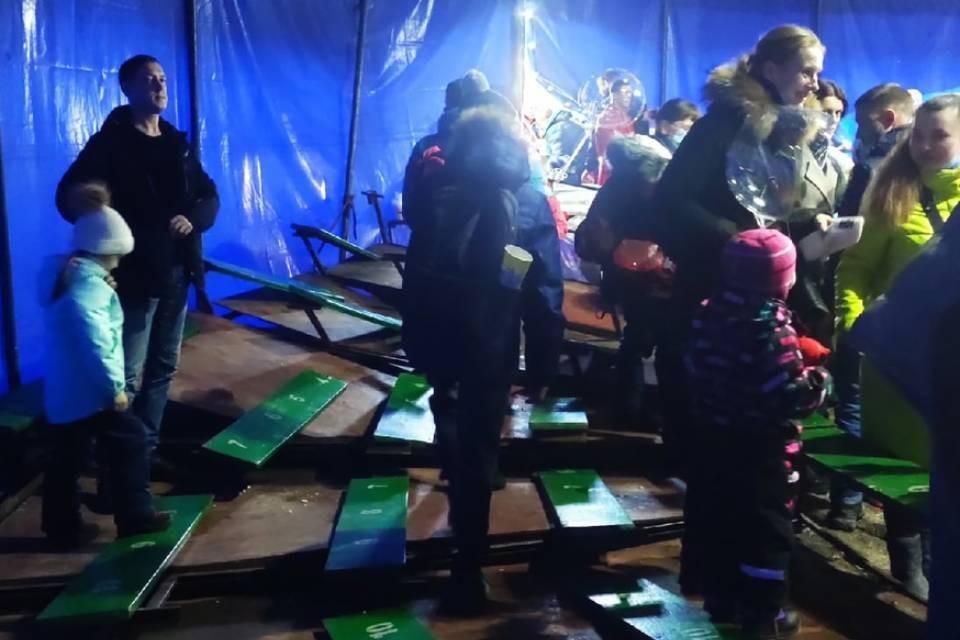 Жители Кировска, пришедшие на цирковое представление, упали на пол вместе с трибунами. Фото: vk.com/pdsh51
