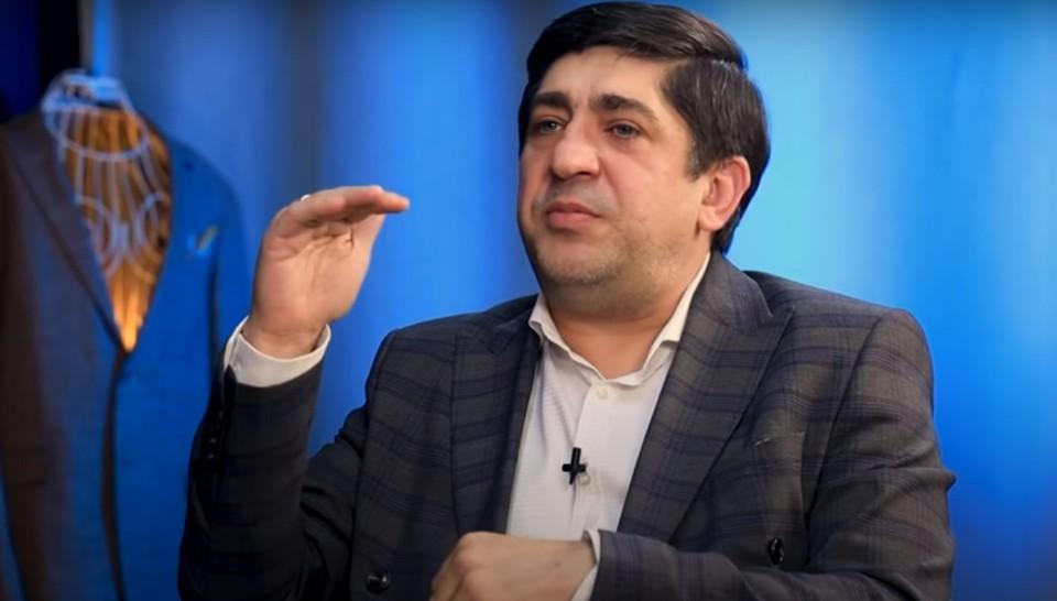 Корнелиу Ботгрос рассказал, какие зарплаты получают молдавские артисты. Фото: скриншот видео