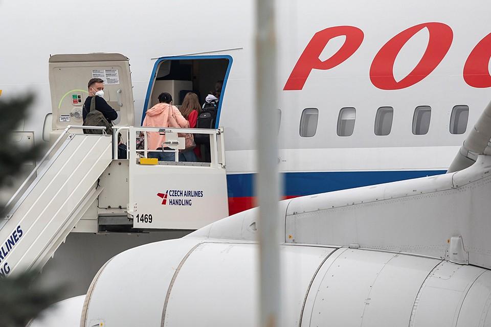 Чешским политикам и чиновникам показалось мало выслать 18 наших дипломатов и они, видимо, решили обострить ситуацию до предела