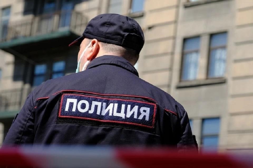 В Новосибирске проверяют информацию о минировании школ.