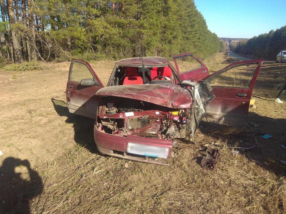 Три человека получили травмы из-за столкновения легковушки с газелью в Удмуртии