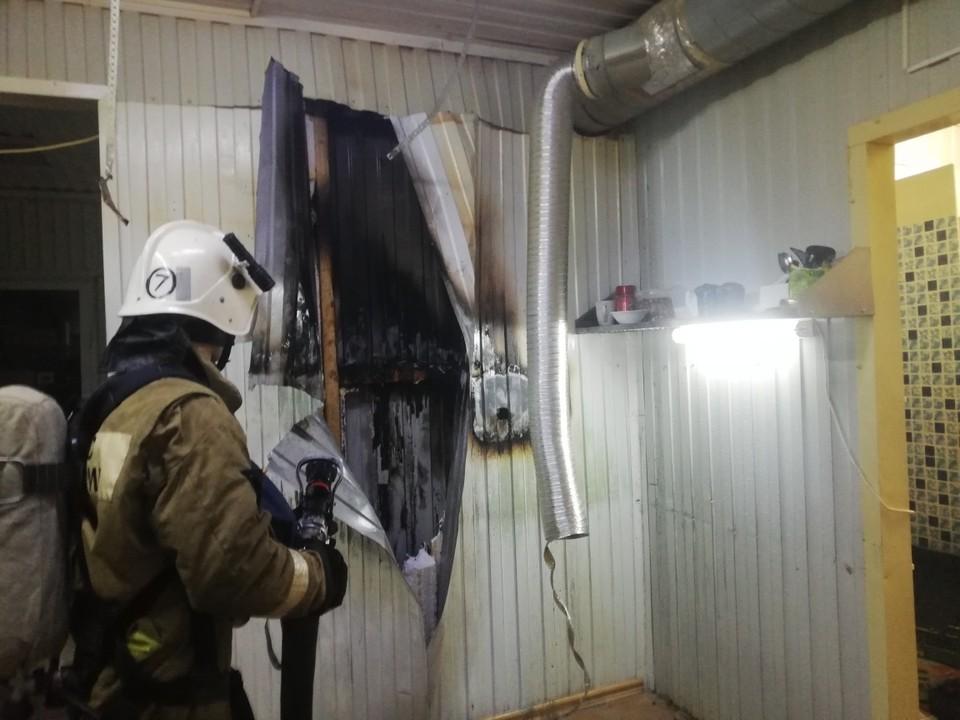 Возгорание произошло из-за замыкания