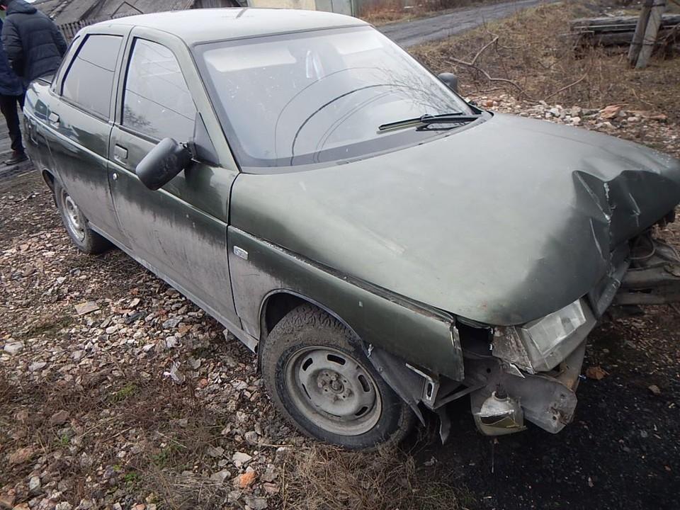 Кузбассовец случайно разбил угнанную машину. Фото: пресс-служба ГУ МВД по Кемеровской области.