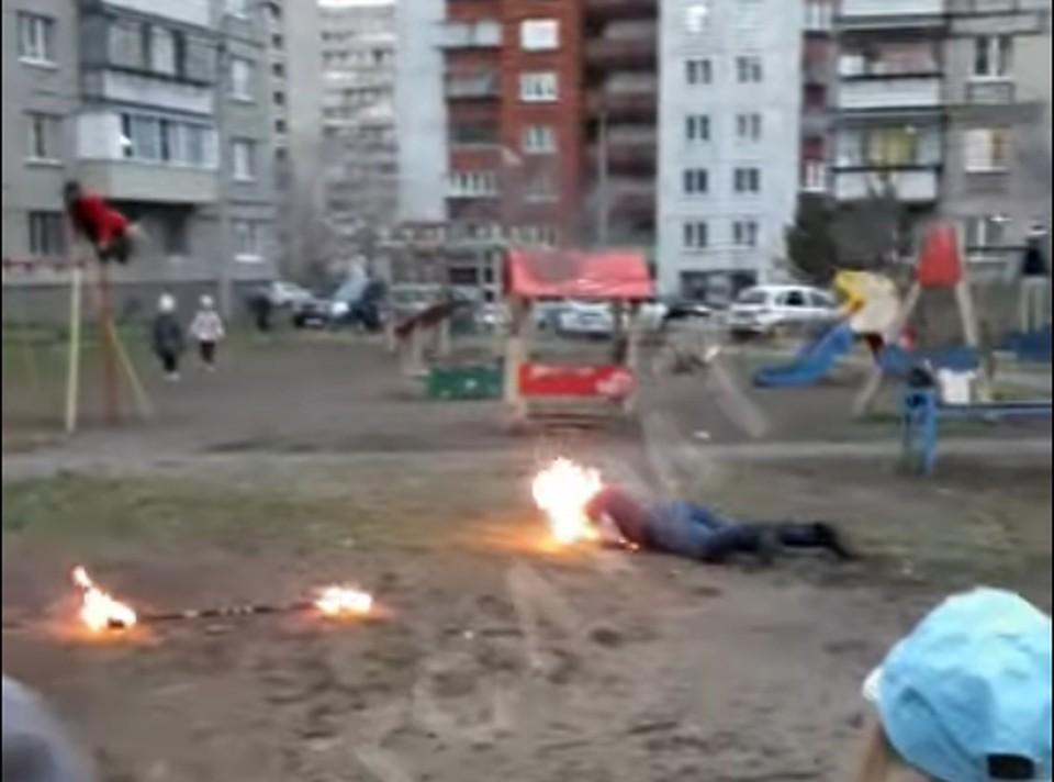 Зрители помогли потушить пламя и вызвали скорую. Фото: кадр из видео