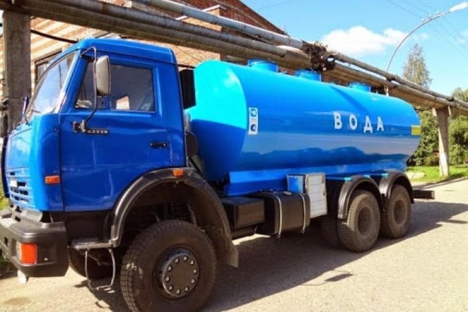 Воду в пригород подвезут в цистернах