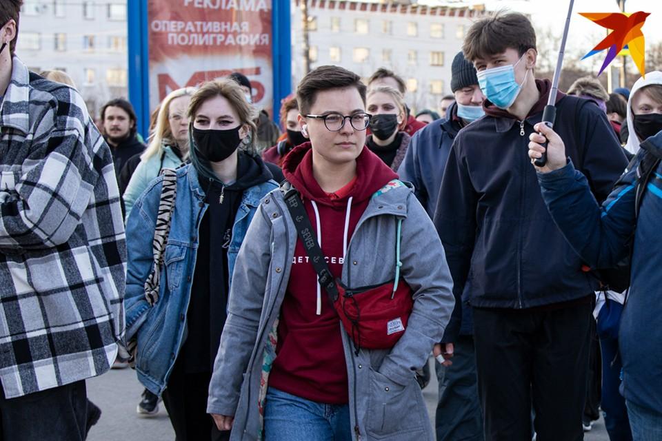 Организатора акций - руководителя штаба Алексея Навального в Мурманске Виолетту Грудину несколько раз задерживали.