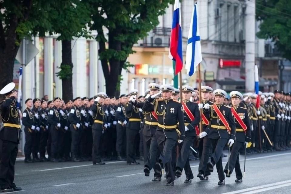 В этом году на параде будет принимать участие 70 единиц военной техники
