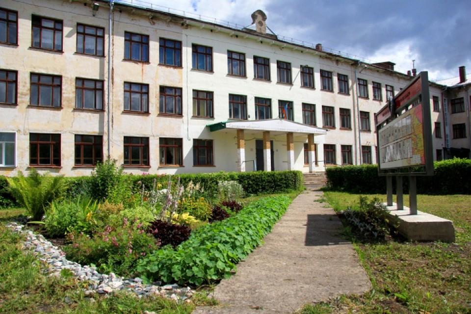Всего в школе, где произошло массовое отравление, учится 948 детей. Фото: admkirov.ru