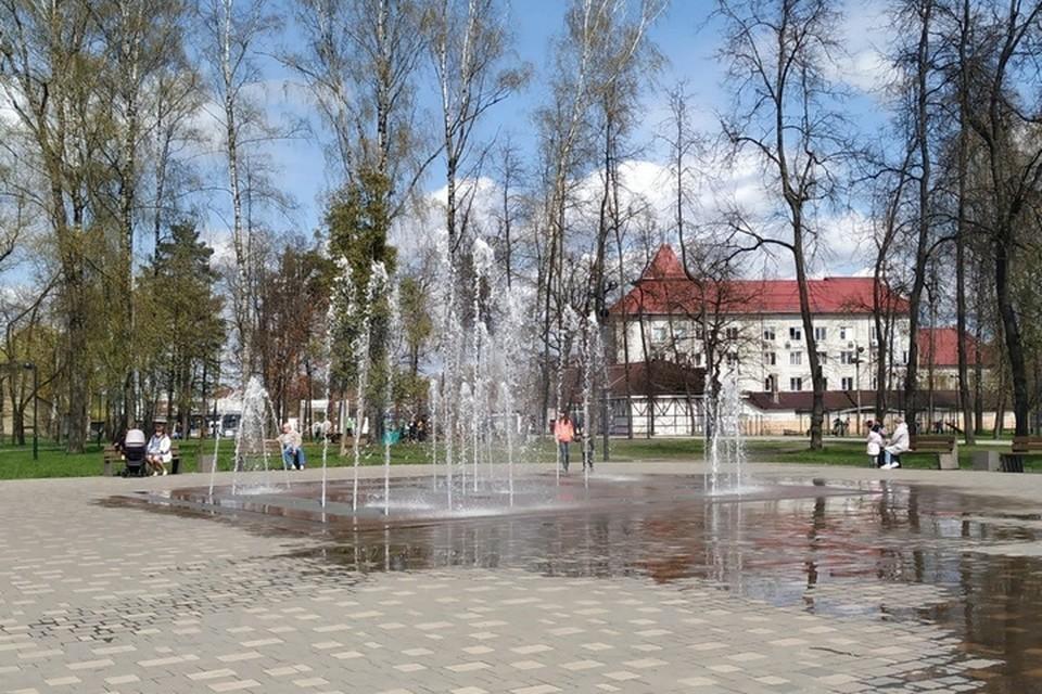 1 мая в Брянске включили все восемь фонтанов.