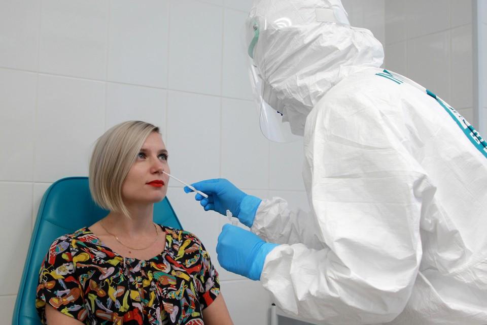 Голикова объяснила необходимость сдачи ПЦР-теста привитым от коронавируса