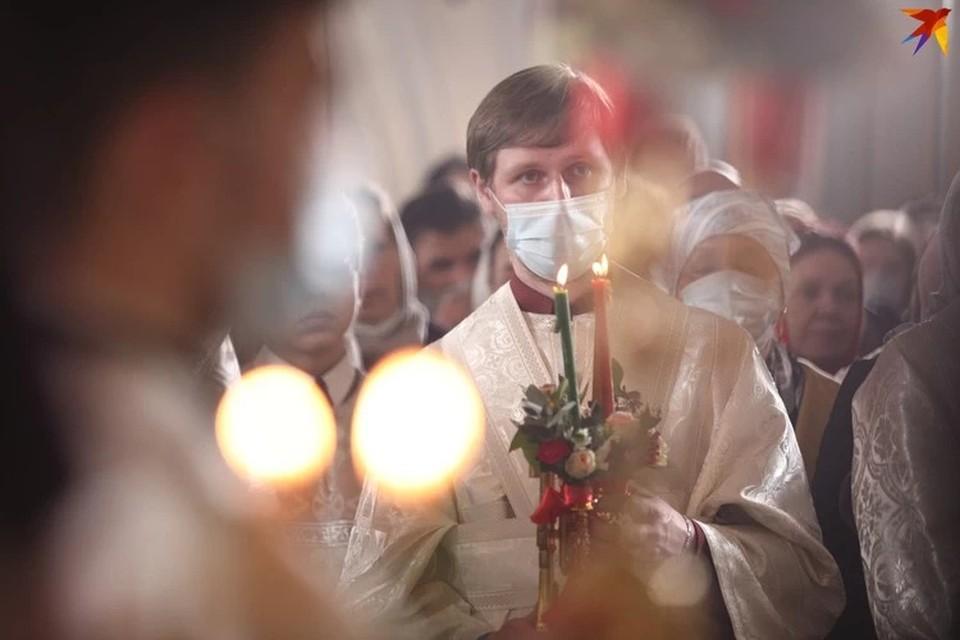 Православные верующие отмечали Пасху снова в условиях пандемии