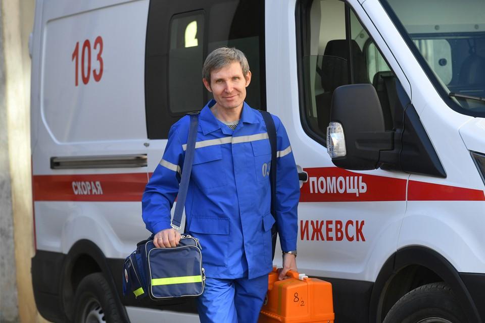 Как в Ижевске начинали работать первые ковид-бригады Фото: пресс-служба Минздрава Удмуртии, Эдуард Карипов