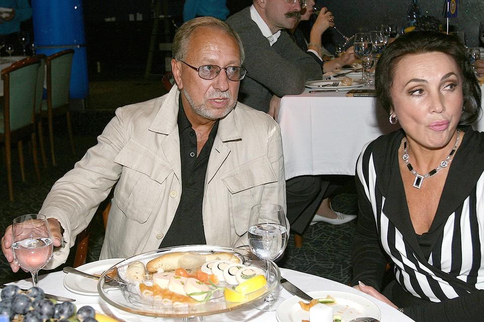 Владимир Качан с супругой Людмилой. У супругов есть сын — 42-летний Глеб, музыкант и спортcмен.