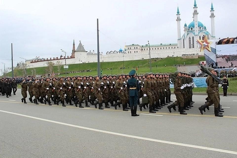 Начало парада запланировано на 10.00.