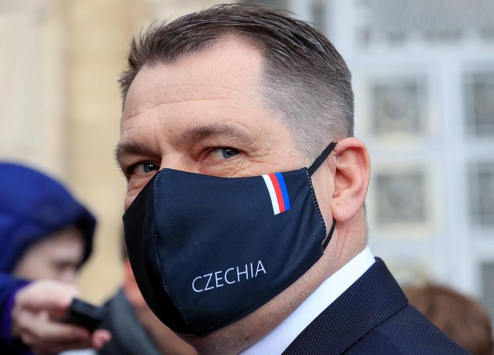 Посол Чехии в РФ Витезслав Пивонька у здания МИД РФ в Москве.