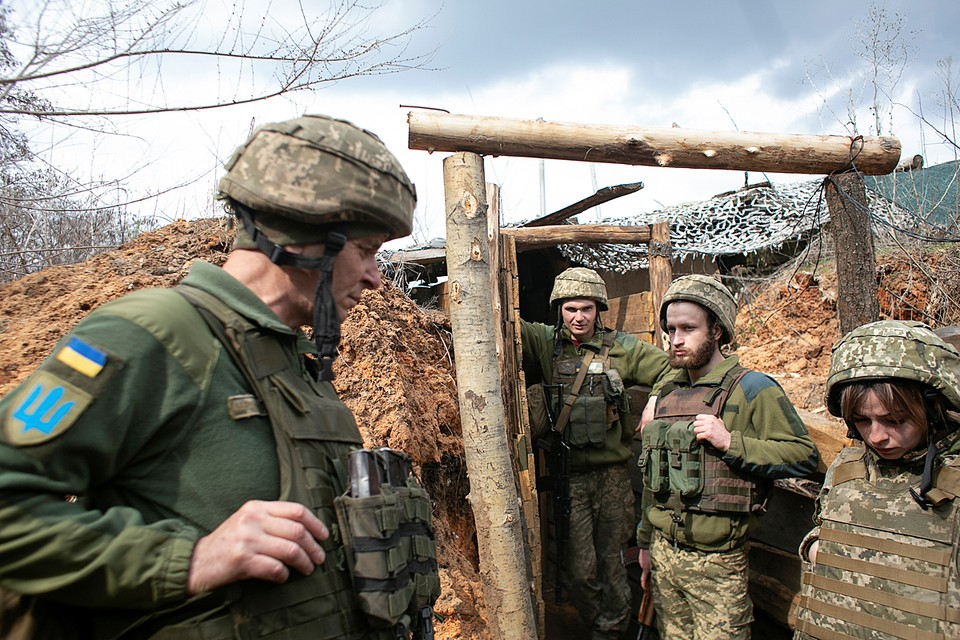 Большинство членов НАТО просто мечтают «немножко повоевать» с Россией, но чужими руками на чужой территории. И Украина для этого прекрасно подходит