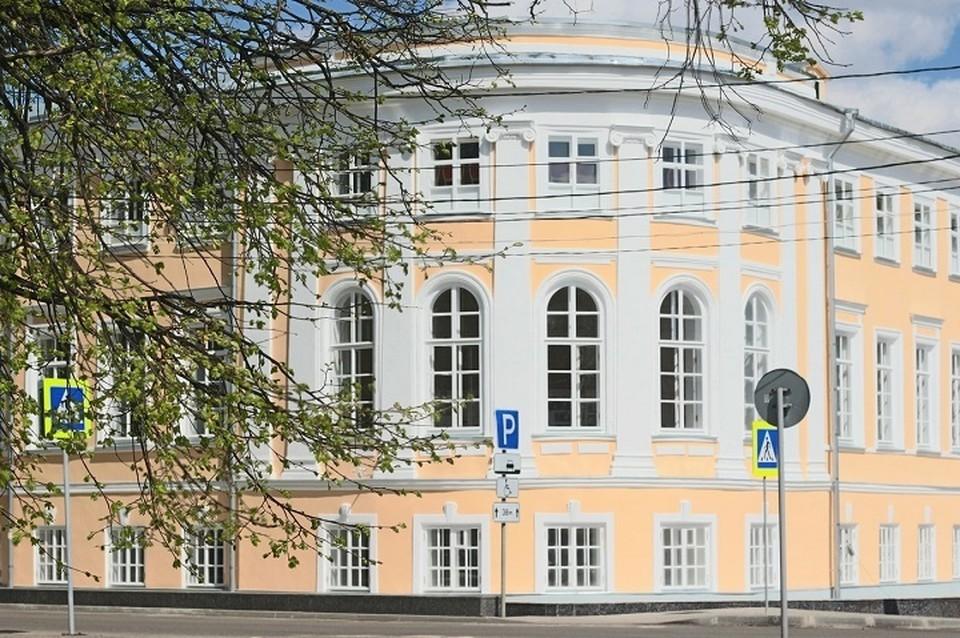 Вологодская областная филармония приглашает на летние концерты в свой дворик