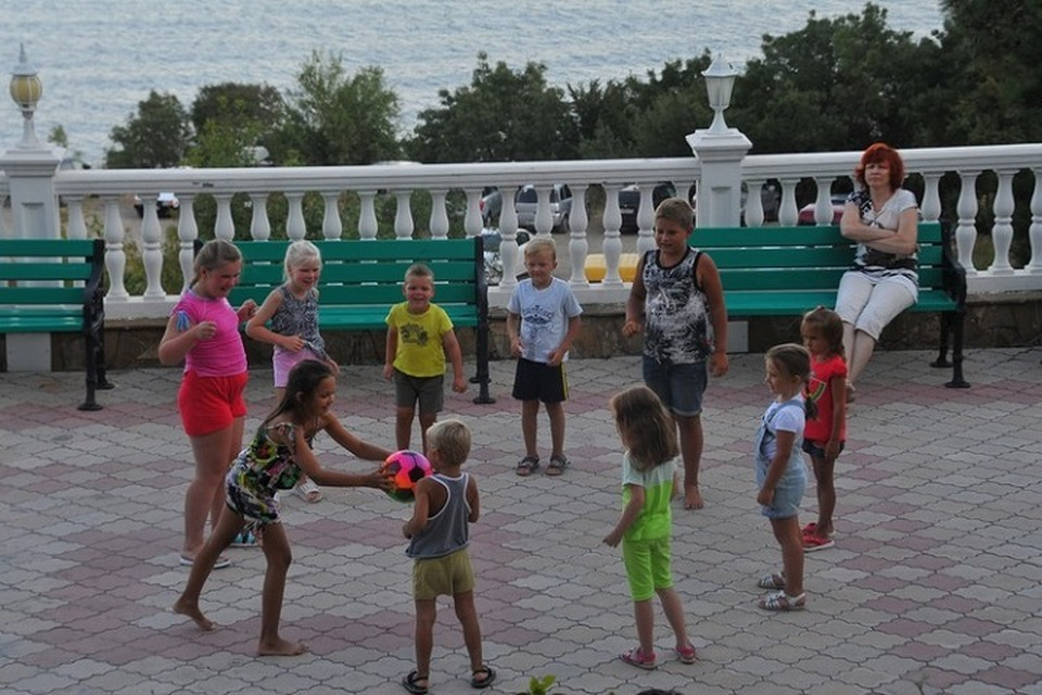 В лагерях на черноморском побережье в пяти учреждениях Анапы и Крыма отдохнут 3 220 детей из Татарстана.