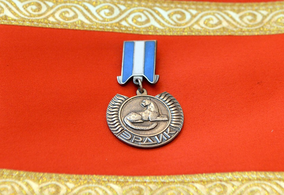 Трое бойцов награждены посмертно.