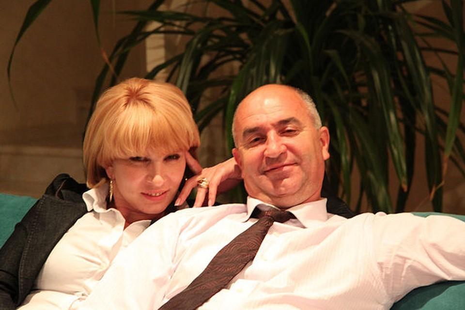Игорь Дяченко со своей первой женой (о которой идет речь в декларации). Фото: соцсети