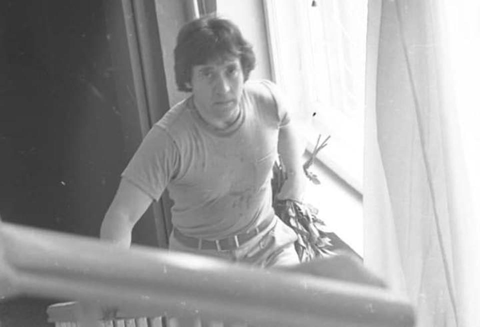 Владимир Высоцкий после очередного выступления во Дворце спорта «Юность».