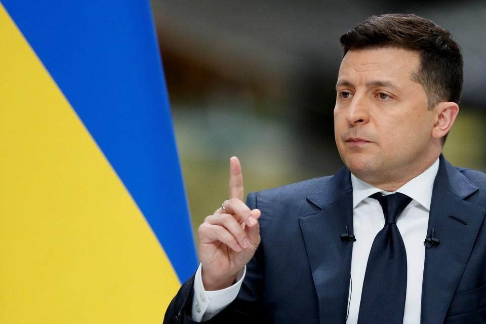 Владимир Зеленский внес в Раду «Законопроект №5506 о коренных народах Украины», четко поделив граждан своей страны на несколько сортов.