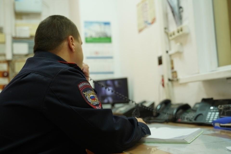 Сотрудники полиции получили травмы на рабочем месте