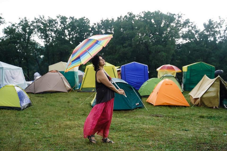 Самарцев ждет жаркая, но ветреная и дождливая погода