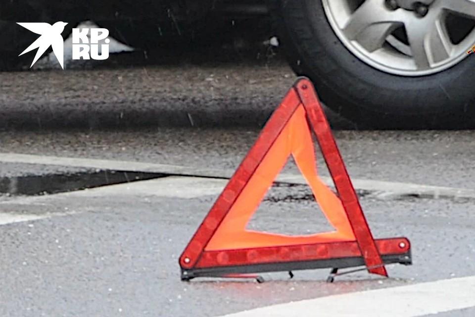 ДТП произошло на проспекте Калинина у районной администрации