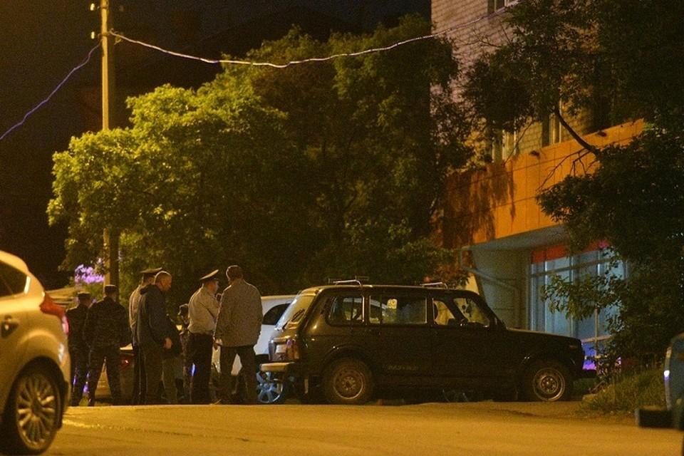 Сергей Болков открыл огонь по людям и припаркованным под его окнами машинам
