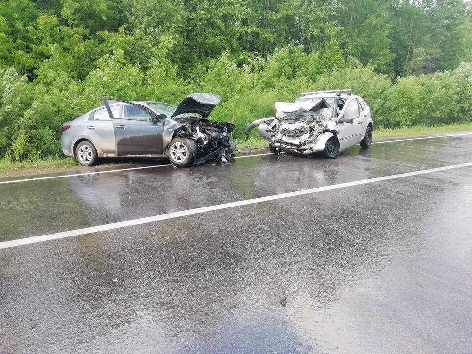 В ДТП на дороге Удмуртии пострадали 3 несовершеннолетних ребенка