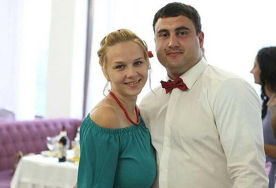 Елена и Арам Мачкалян ждали второго ребенка, сына. Фото из семейного архива.