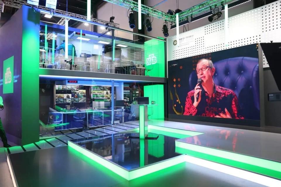 Студия НТВ на ПМЭФ-2021. Фото предоставлено компанией