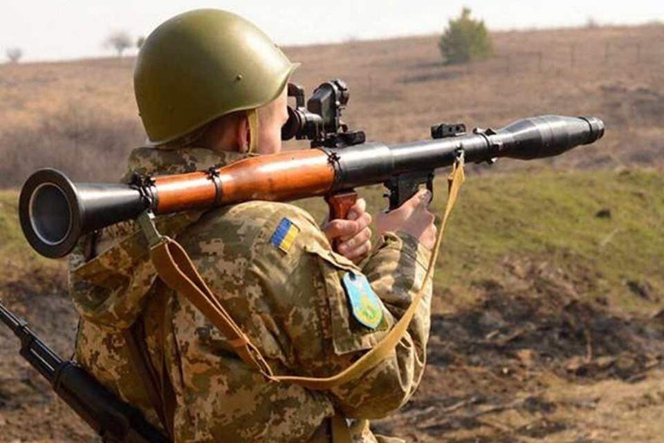 Украинским силовикам перемирие не указ. Фото: штаб ООС