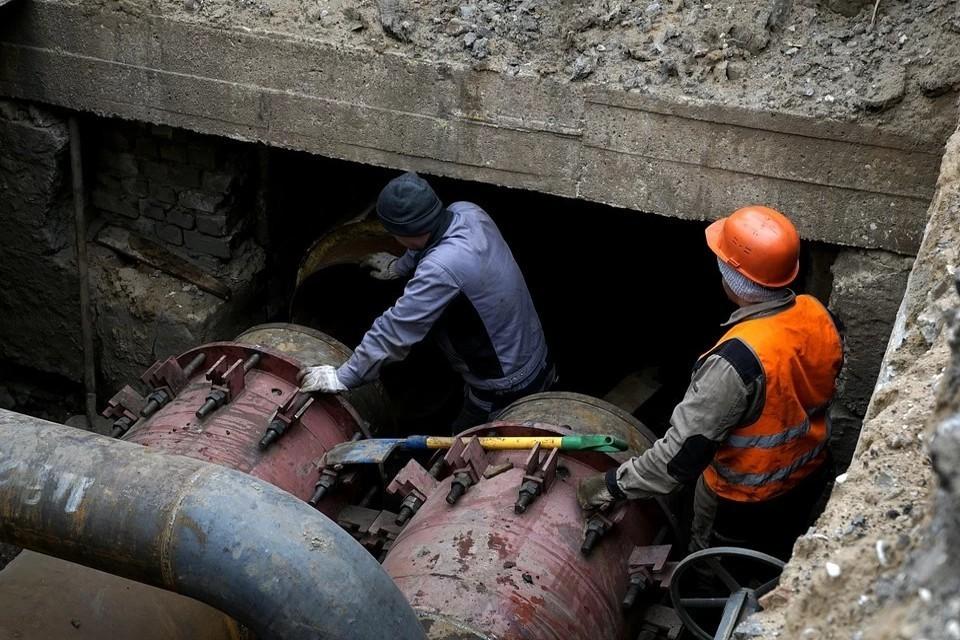 В Твери продолжаются гидравлические испытания, сейчас устраняют 32 обнаруженных повреждения. Фото: ПТО.