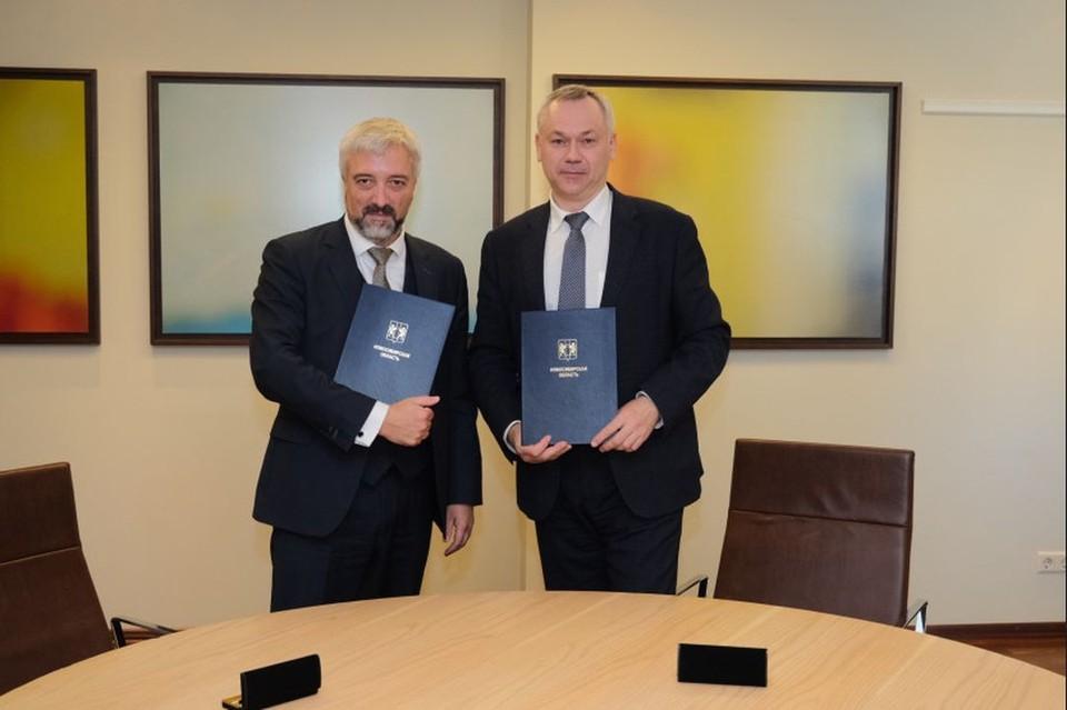 Губернатор Новосибирской области подписал соглашение с Россотрудничеством. Фото: правительство НСО