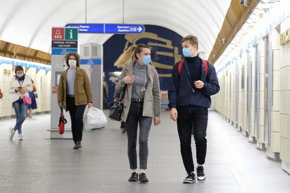 Благодаря новому соглашению, который Смольный заключил на ПМЭФ, в Петербурге к 2032 году могут построить не менее восьми новых станций метро.