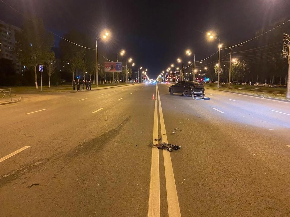 "Мужчина на ""мерсе"" спровоцировал аварию на Демократической. Фото: ГУ МВД по Самарской области"