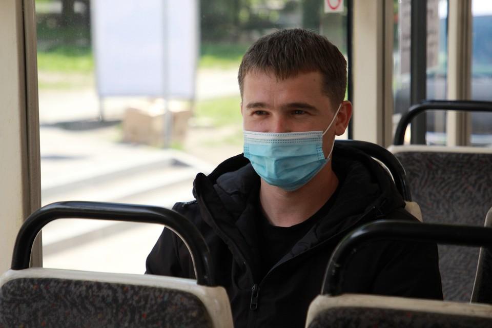 Ношение масок начнут жестче контролировать в транспорте.