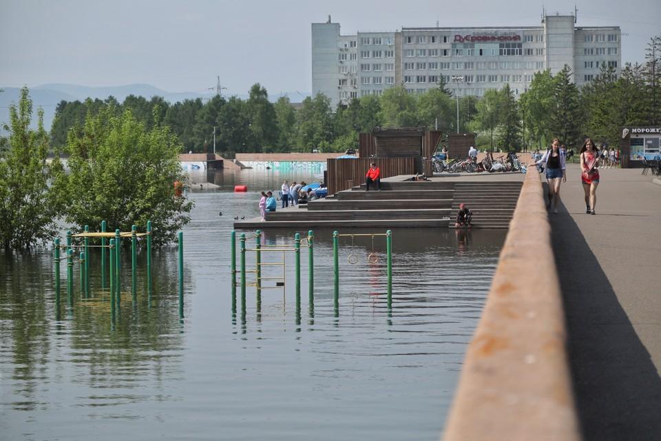 В городе полно затопленных участков