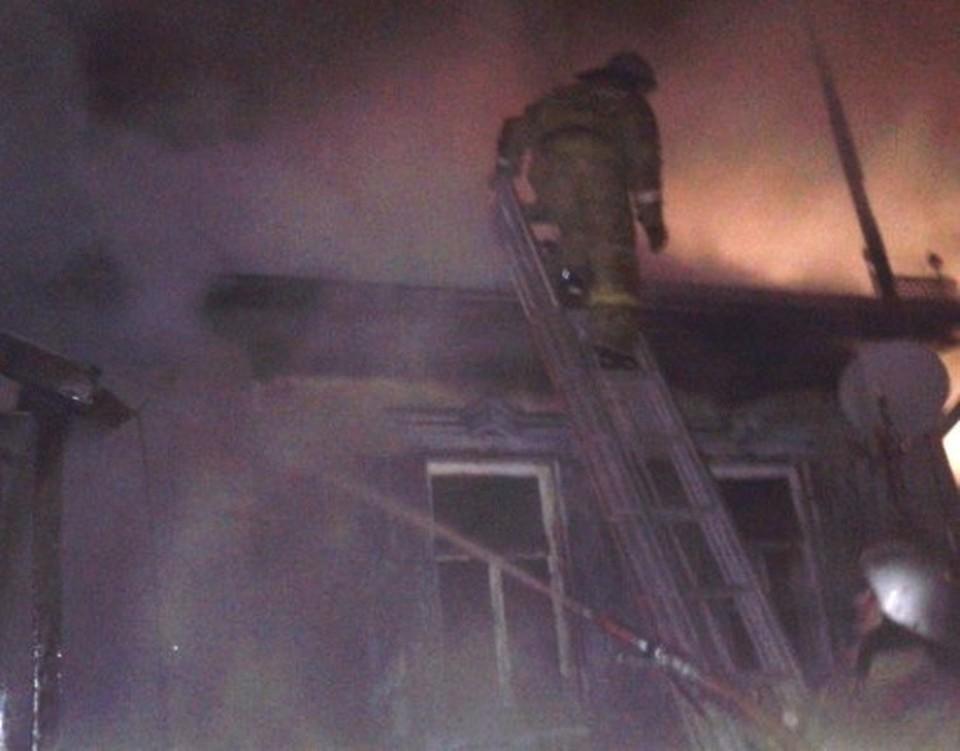 Пожарные справились с огнем через 16 минут после вызова.